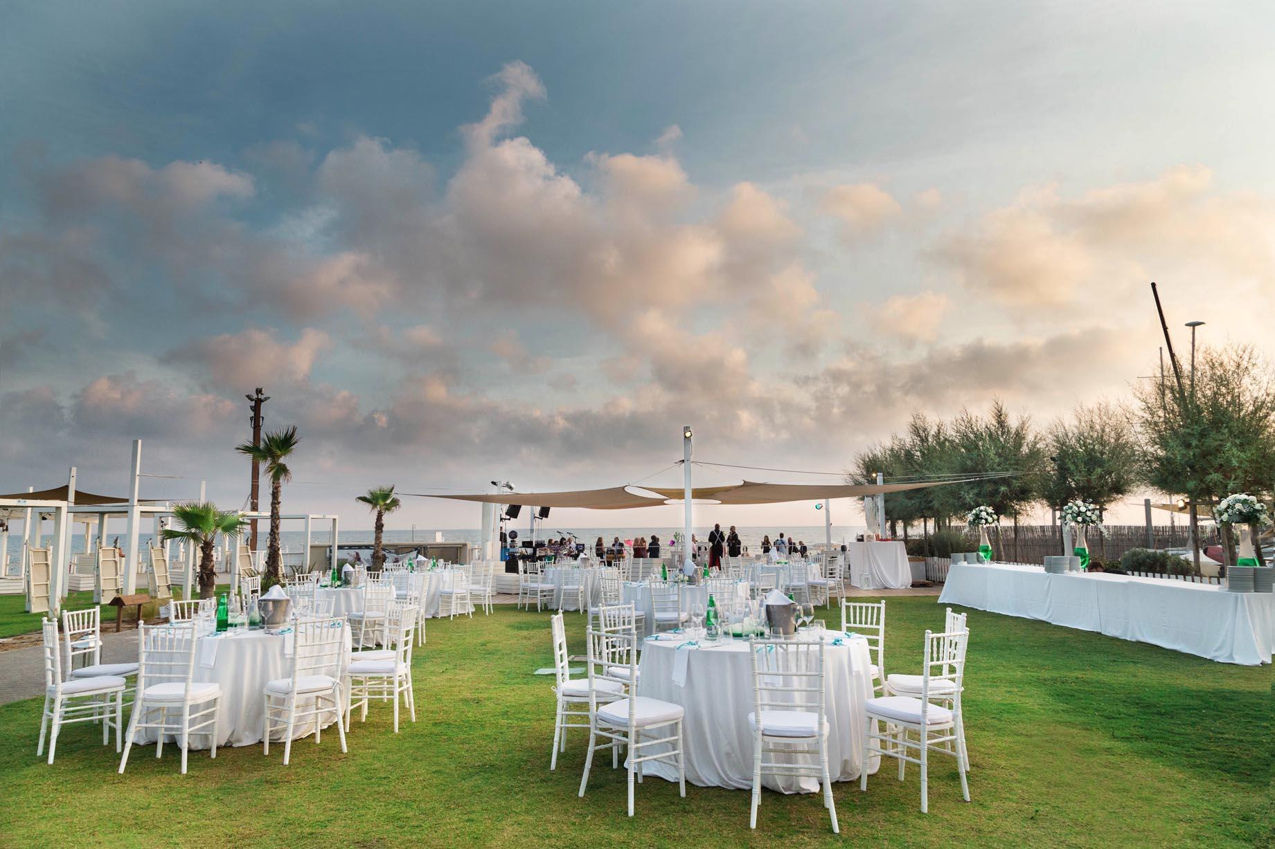 Matrimonio In Spiaggia Roma : Matrimonio sul mare marine village